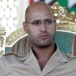 """Guerra in Libia, il figlio di Gheddafi annuncia che il raìs è a Tripoli: """"Sconfiggeremo i ribelli"""""""