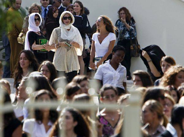 Alla manifestazione di Roma anche giovani libici e hostess di Gheddafi