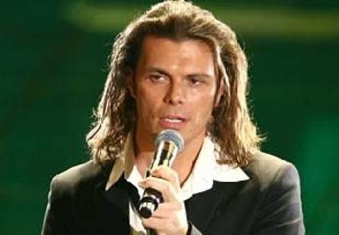 Gianluca Grignani: il cantautore di 'Destinazione Paradiso' compie 39 anni
