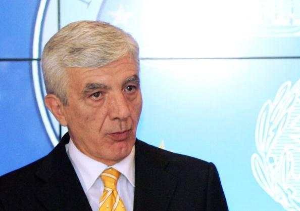 Finmeccanica: l'ex capo della polizia Gianni De Gennaro verso la presidenza