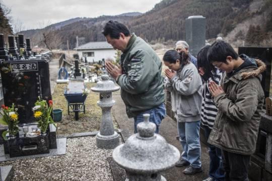 Giappone: un anno fa il terribile terremoto, con lo tsunami e l'incidente nucleare a Fukushima (Video)
