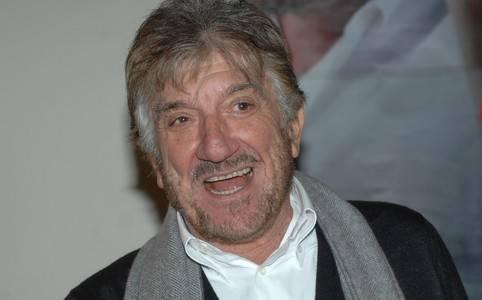 """Teatro, Gigi Proietti: spettacolo ispirato ai testi dell'attore e regista romano: """"Io, Nele e Gigi Proietti"""""""