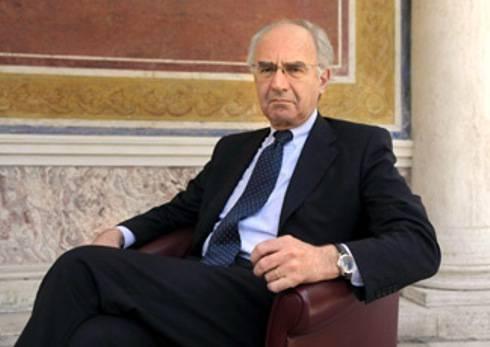 INDAGATO PRESIDENTE IOR / Vaticano, riciclaggio di denaro: Ettore Gotti Tedeschi sotto inchiesta
