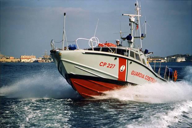 Affonda un motoscafo al largo di Gaeta: tre i dispersi