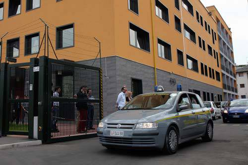 CLONAVANO BANCOMAT PER GIOCARE AL CASINO' / Padova, sgominata banda di stranieri: bottino di oltre un milione di euro