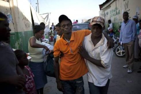 Ad Haiti esplode la rabbia: aggrediti volontari Usa e caschi blu