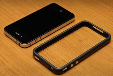 iPHONE 4 / Consumer Reports, nuove critiche dalla organizzazione per la tutela dei consumatori