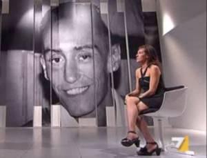 Ilaria Cucchi, sorella di Stefano (screen shot youtube)