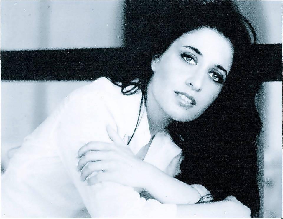 """Leda Battisti, da """"L'acqua al deserto"""" alla sua grande passione per la musica: intervista a 360°"""