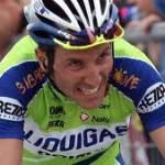 Ivan Basso sull'Etna cade dalla bicicletta e sbatte il volto: 15 punti di sutura, ma il Tour de France è salvo