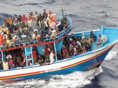 Barcone affonda al largo di Lampedusa, forse non soccorso da nave della Nato