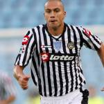 Calciomercato Juventus: dopo Pazienza si insiste per Inler al centro del campo