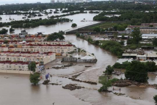 Messico, inondazioni: 58 persone sepolte da una frana. Un altro uragano è in arrivo