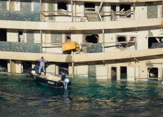 Costa Concordia, ricerca dispersi: prime immersioni dei sommozzatori