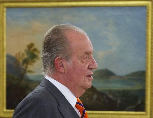 Crisi economica in Spagna: re Juan Carlos si riduce lo stipendio