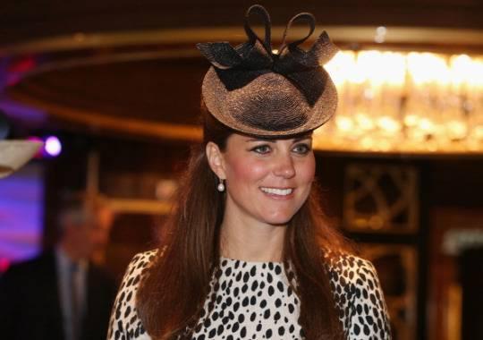 Giallo di Natale nel Regno Unito: la principessa Kate di nuovo incinta?