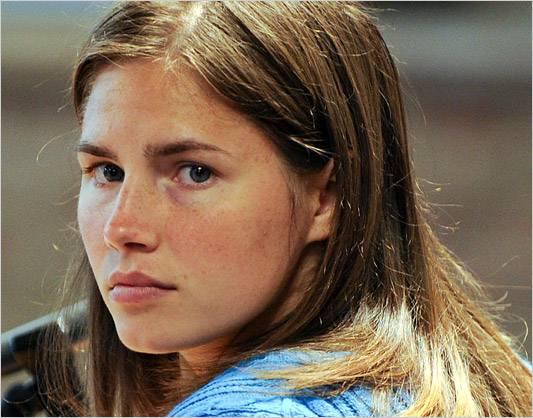 Omicidio Meredith: per Knox e Sollecito processo rinviato