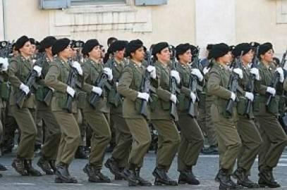 l43 110308170603 medium 407x270 Nuovo scandalo nella caserma di Salvatore Parolisi: sottufficiale indagato per molestie su soldatessa