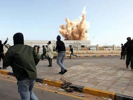 Guerra libica: donne cecchino tra i seguaci di Gheddafi