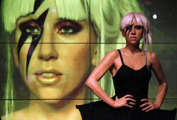 Lady Gaga artista dell'anno per Mtv