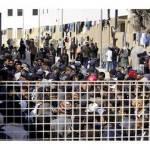 Emergenza immigrazione, il Viminale promette il trasferimento dei clandestini da Lampedusa in 48 ore