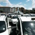Dl liberalizzazioni: vincono i poteri forti, governo Monti fa dietrofront su taxi e farmacie