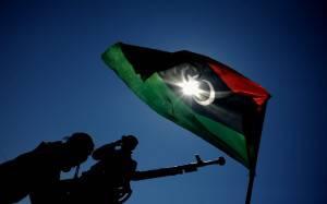 libia ribelli7 Gheddafi ucciso da un colpo darma da fuoco. Oggi la festa per la liberazione della Libia