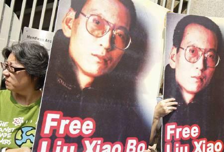 NOBEL / Premio per la pace, Capo Istituto norvegese rende noto monito della Cina dopo suggerimento candidatura attivista Liu Xiaobo