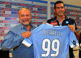 """CALCIO / Napoli, Lucarelli : """"Voglio giocare e battere il Bari, non ho mai sputato ai tifosi del Napoli"""""""