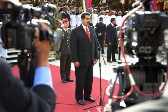 Usa vietano passaggio volo presidenziale venezuelano sul Porto Rico