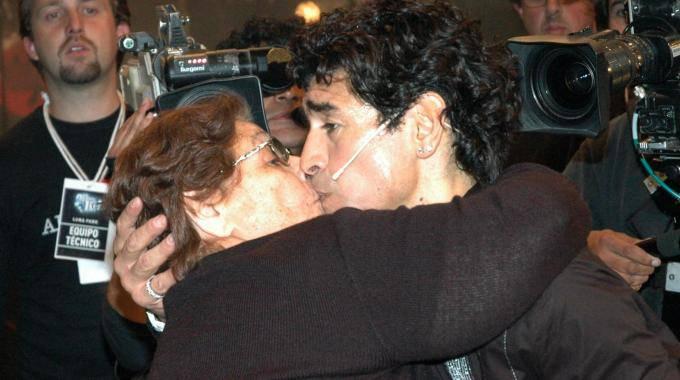 E' morta la mamma di Diego Armando Maradona - Direttanews.it