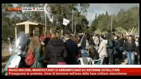 Una manifestazione No Muos (screenshot SkyTg24)