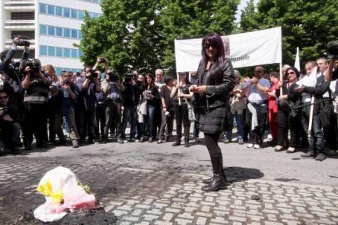 Manifestazione per le vittime della crisi (MAURIZIO PARENTI/AFP/GettyImages)