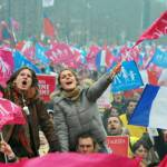 Parigi: nuova manifestazione contro i matrimoni tra omosessuali