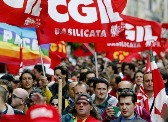Manifestazione di lavoratori (PAOLO COCCO/AFP/Getty Images)
