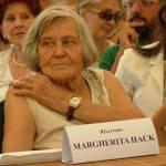 """UNIVERSITA' / Margherita Hack, """"In un anno guadagno quanto un calciatore in un giorno"""""""