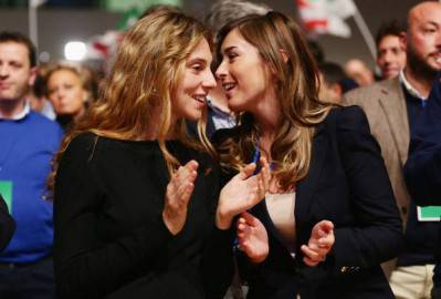 Marianna Madia (a sx) con Maria Elena Boschi (Vittorio Zunino Celotto/Getty Images)