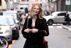 MARTA CECCHETTO / Luca Toni, la modella paparazzata a fare shopping nel centro di Milano