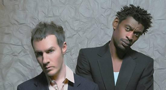 """UN EP PER I MASSIVE ATTACK IL 22 NOVEMBRE / """"Atlas air"""" è il nuovo lavoro della band britannica, nel 2011 un nuovo album"""