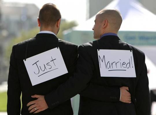 Coppie omosessuali: in Danimarca dal 15 giugno 2012 potranno sposarsi in chiesa