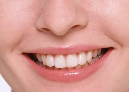 AD OTTOBRE VISITA DENTISTICA GRATIS / Prevenire il mal di denti è molto meglio che curarlo