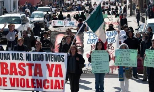 MESSICO / Ciudad Juarez, il potere dei narcos sull'informazione: nel 2010 uccisi nove giornalisti