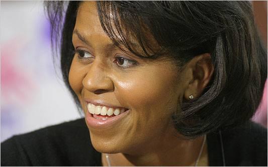 Michelle Obama compie oggi 47 anni. Auguri a sorpresa per la First Lady