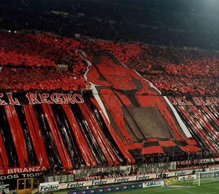 Milan primo alla vigilia del derby contro l'Inter