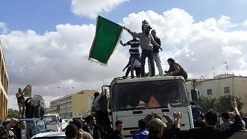 Crisi libica: Gheddafi riconquista Sirte. Ribelli bloccati a 140 Km di distanza dalla città