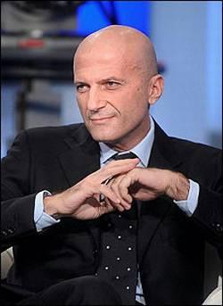 RAI / Augusto Minzolini, direttore Tg1 elogia premier ad Uno Mattina. Sdegno dell'opposizione