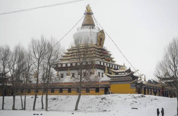 Tibet, nuova immolazione: monaco di 25 anni si dà alle fiamme