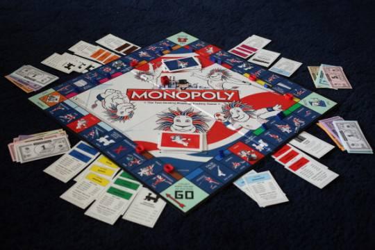 Nuova versione del gioco del monopoli protesta di alcuni for Deputati del pd