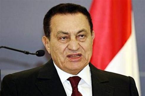 Mubarak in fin di vita? In Egitto è rebus sulla salute dell'ex dittatore