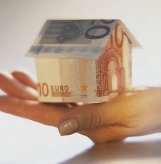 MUTUI / Il tasso Euribor è ai massimi del 2010, meglio il tasso variabile?